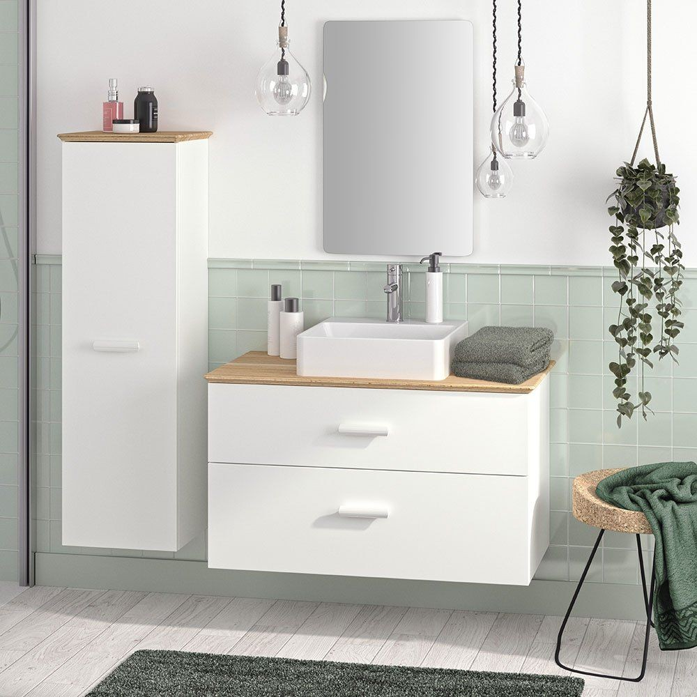 athroom design with green color